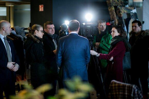 Žurnalistų sąjunga dėl Vyriausybės veiksmų kreipsis į teismą: ar Skvernelio laukia teisinės problemos?