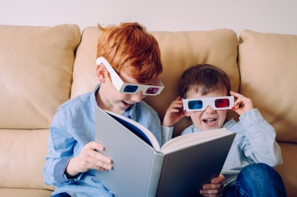 """Psichologė – apie blogiausius būrelių pasirinkimus ir kodėl vaikui paklausus """"ką veikti?"""", nuo pasiūlymų reikėtų susilaikyti"""