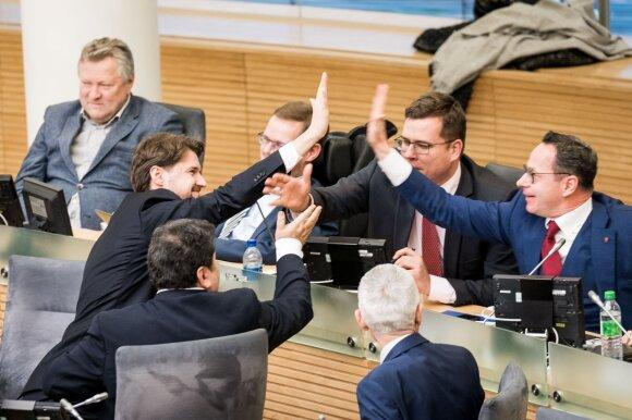 Valdančiųjų fiasko: atmesti Nausėdos veto nepavyko