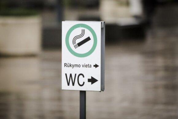 Nelegaliais būdais taupę lietuviai priversti grįžti į parduotuves