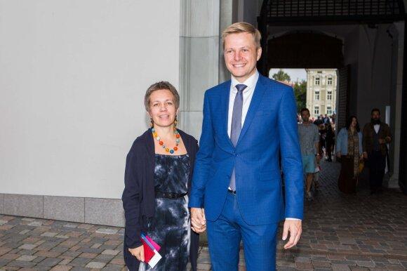 Oficialu: teisme atverčiama Remigijaus Šimašiaus ir Agnės Matulaitės skyrybų byla