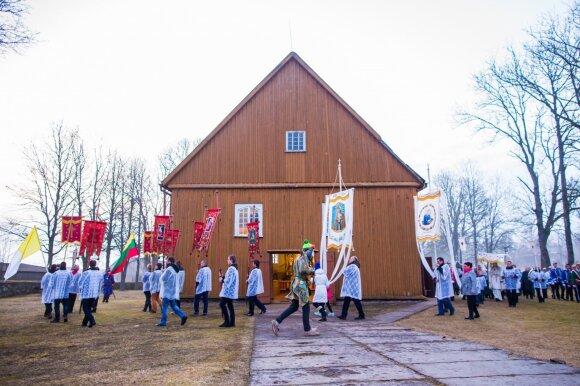 Įpyko dėl lietuviškų Velykų: laisva diena, balius, mišrainė, bet vieno atributo trūksta