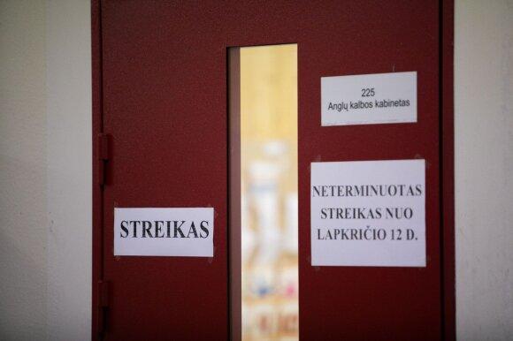 Neveiks 79 mokyklos ir darželiai: ministrė Petrauskienė streikuojantiems mokytojams laiko neranda