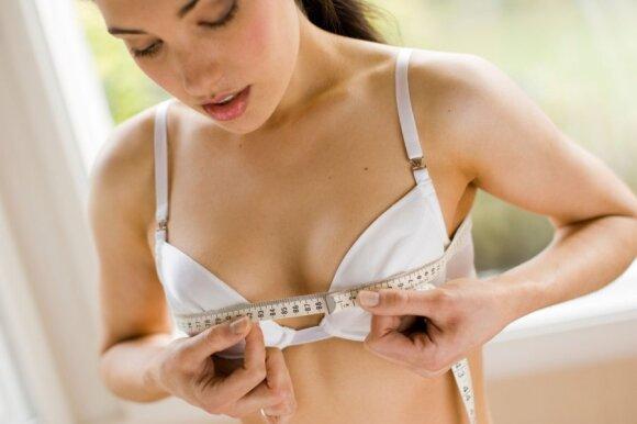 Mergaitei pradeda augti krūtys: ką svarbu žinoti