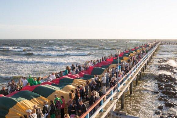 900 žingsnių į jūrą: Palangos tiltas mena ir garsius laivus, ir Jūros šventės ištakas