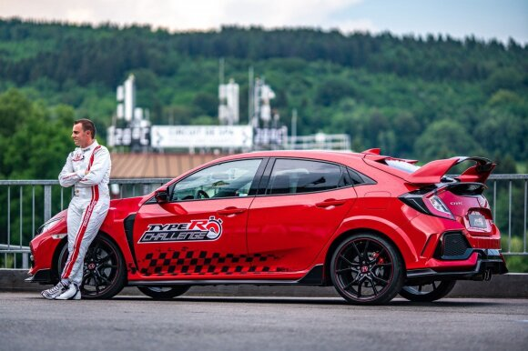 "Bertrand'as Baguette'as su ""Honda Civic Type-R"" pasiekė Spa-Francorchamps trasos rekordą"