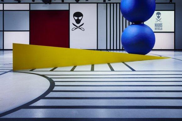 2017 m. podiumo estetiką įkvėpė Bauhauso dvasia, scenografija – Rūtos Bagdzevičiūtės. Fotografas – Paulius Gasiūnas
