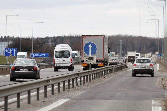Apsisukimas ties Giraite kelyje Kaunas - Klaipėda