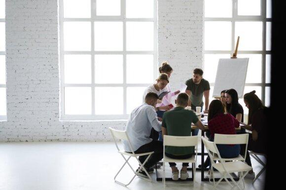 Darbdaviai – apie originalius kandidatų prisistatymo būdus: neabejotinai išskirtų iš minios, bet svarbu nepersistengti