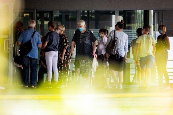 Situacija rimtėja: Lenkija pavojingų valstybių sąraše gali atsidurti jau penktadienį, numatoma nauja prievolė