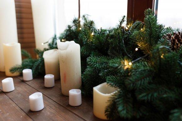 Kalėdinės dekoracijos langams
