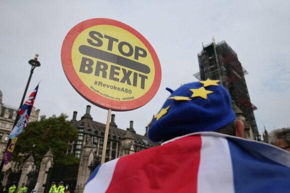 Lietuviai Didžiojoje Britanijoje jau dabar nerimauja: naujas ribas peržengs ne visi