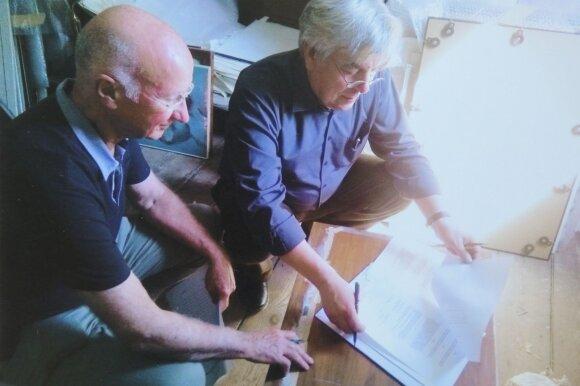 Osvaldas Daugelis ir Walteris Kauffmannas A. Mečys studijoje Hamburge