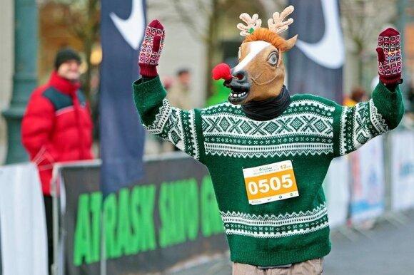 Briedis Rudolfas kalėdiniame bėgime