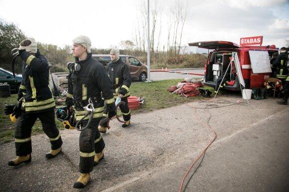 Ko užgesintame gaisre nepamatė Nausėda: išsiskyrusios nuodingos medžiagos priminė paslaptingą Juščenkos ligos atvejį