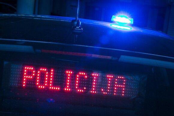 Policija savo parką papildo nežymėtais automobiliais: baudas rašys nestabdydami, o jas gausite per kelias paras