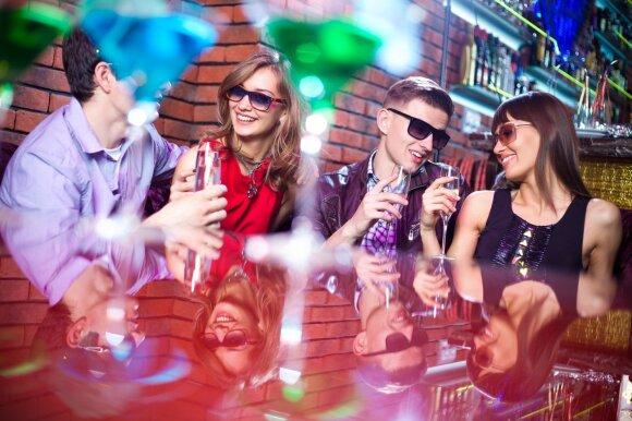 Įspėjimas šėlstantiems vakarėliuose: toks elgesys gali baigtis labai rimtais sutrikimais