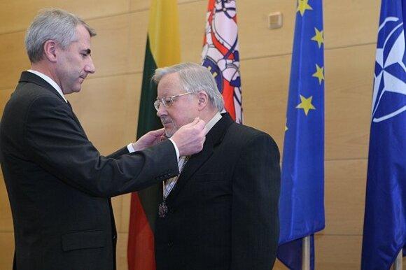 V.Ušackas - tikrasis draugystės su A.Lukašenka ir Rusija architektas?