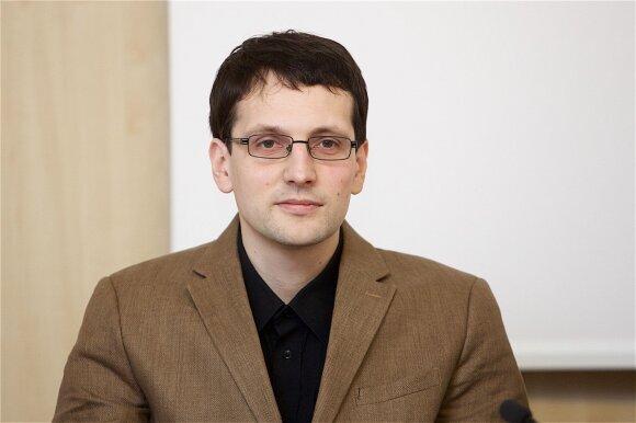 Skandalas Konstituciniame Teisme: Jakeliūnas dėl pensijų reformos pereina į puolimą