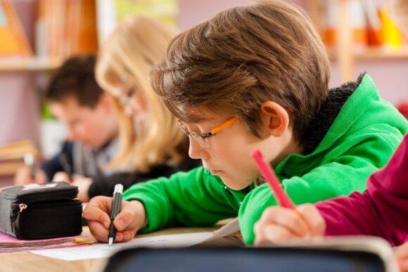 Pedagogas: švietimo sistema mirusi ir niekam nereikalinga