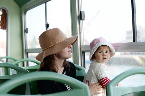 Prie jūros susiruošusi moteris pateko į kuriozinę padėtį autobuse