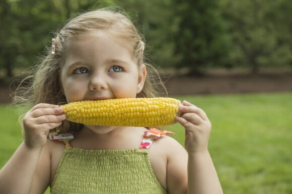 """<span style=""""color: #ff0000;"""">NAUDINGA:</span> gudrybės, kad vaikai pamėgtų daržoves"""