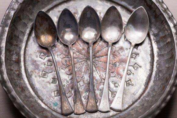 10 netikėtų aliuminio folijos panaudojimo būdų buityje