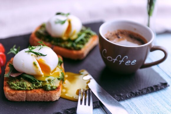 10 maisto produktų, kurių galima prisivalgyti iki soties nesibaiminant sustorėti