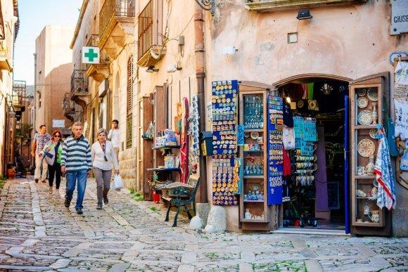 Kainos pribloškia: už savaitgalį Druskininkuose tiek pat kiek už dvi savaites Sicilijoje?