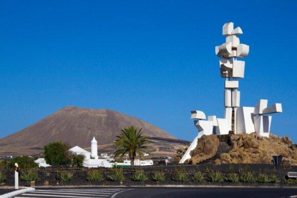 Lanzarotė: po ugnies salą Cézaro Manrique pėdomis