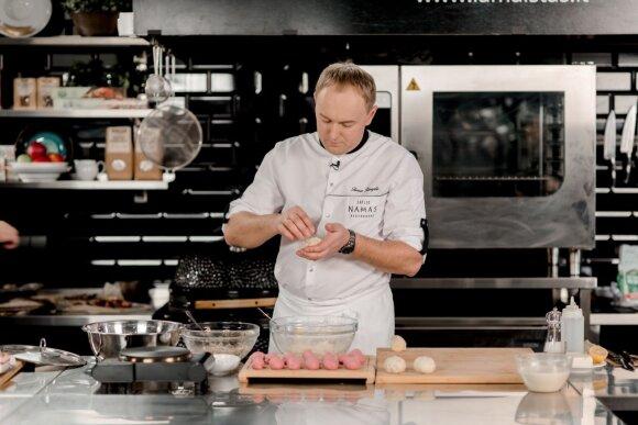 Tomas Rimydis gamina rausvus cepelinus