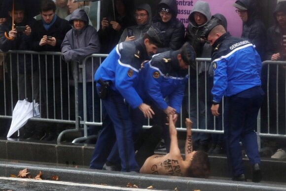 Femen protestuotoja