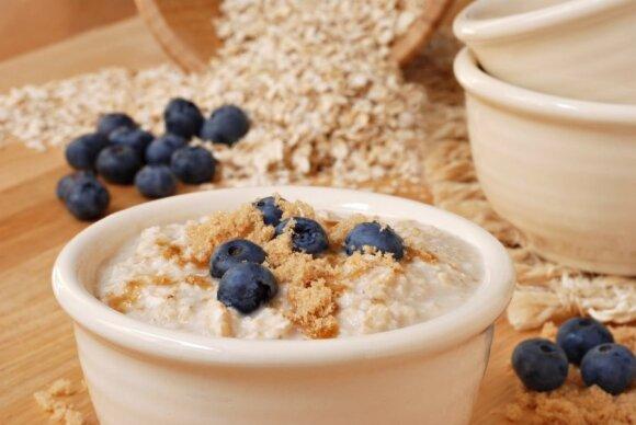 """""""Judam kartu"""" ir mitybos specialistė V.Kurpienė pristato: rytinė mankšta + sveiki pusryčiai"""
