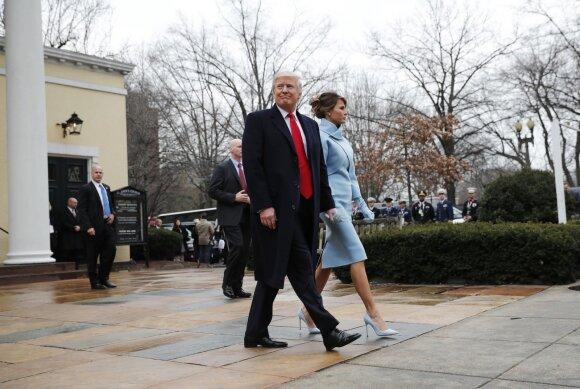 Istorinė akimirka: D. Trumpas prisiekė 45-uoju JAV prezidentu
