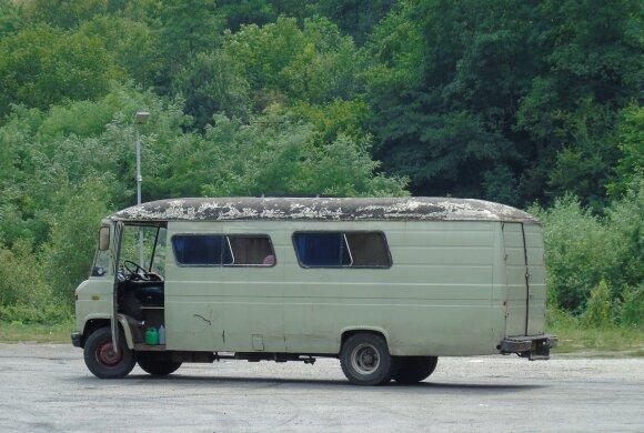 Olandų pankų autobusas. Transilvanija, Rumunija