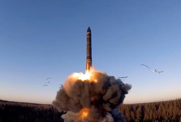 Laikrodis tiksi: branduolinės galios žaidimuose neatsitiktinai skamba ir Lietuvos vardas