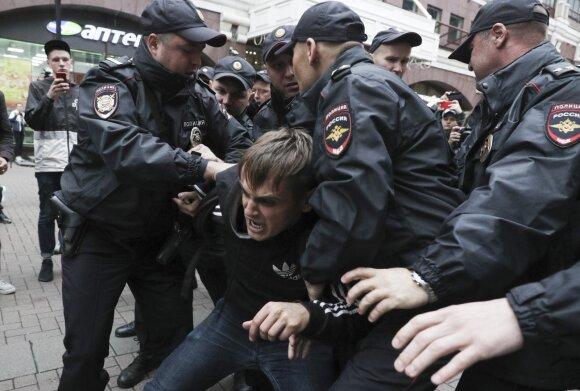 Константин Эггерт. Почему Россия вступила в новую фазу политического кризиса