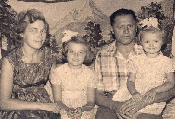 1964 m. Gedgaudų šeima savo namuose Maksimo Gorkio gatvėje