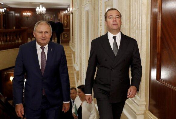 Sergejus Rumas, Dmitrijus Medvedevas