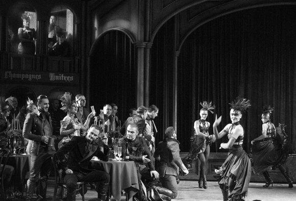 """Operos """"Faustas"""" užkulisiai (Algimanto Aleksandravičiaus nuotrauka)"""