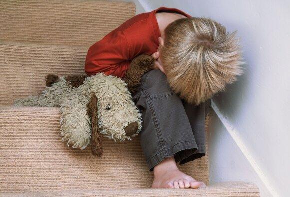 Kaip užauginti vaiką be bausmių: nemušant, nerėkiant ir nežeminant