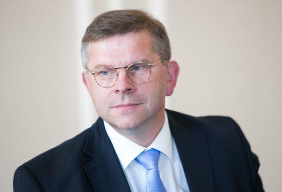 Prof. Dainius H. Pauža