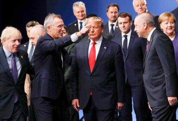 Skandalingų turkų pareiškimų pasekmės: svilėsio kvapas erzina NATO, bet tai dar ne pabaiga