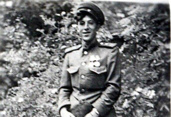 Kavaleristas Jakovas Bunka Arenshofe, Vokietija, 1945 m.