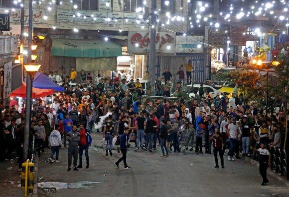 Izraelyje tęsiasi susirėmimai tarp kariuomenės ir palestiniečių