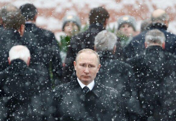 Rusijoje pinigų mažėja – gyventojams prognozuoja liūdną likimą