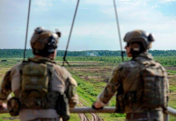 JAV bombonešių skrydžiai virš Lietuvos ir Estijos: šį kartą rusams paspendė spąstus