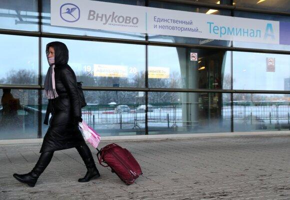 Sugrįžtančio Navalno laukiantiems aktyvistams – perspėjimas, sulaikyti keli žmonės