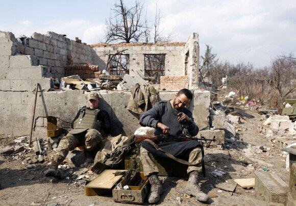 Kremliaus ruporai trimituoja apie Ukrainoje žuvusius NATO karius: parodė ir lietuvius