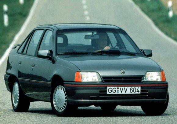 Opel Kadett E (1984 – 1991 m.)